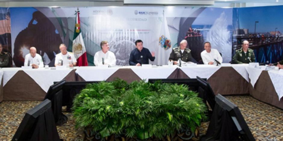 """Iremos """"uno por uno"""" sobre líderes del crimen, advierte Osorio"""