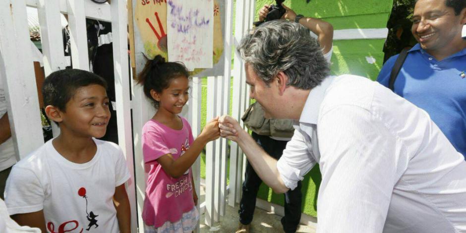 Garantizados recursos para la reconstrucción de escuelas, dice Nuño