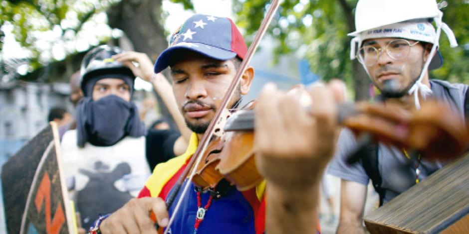 Maduro replica sistema represor de La Habana, alertan cubanos