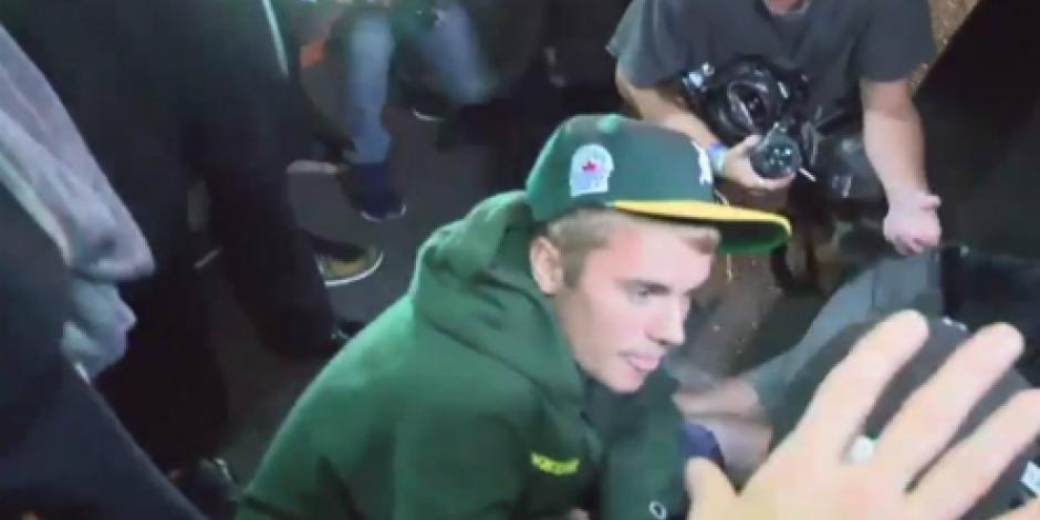 Tras salir de rezar, Justin Bieber atropella a paparazzi