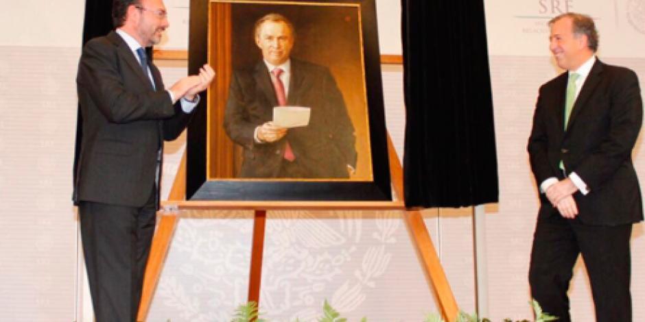 Luis Videgaray devela retrato de José Antonio Meade