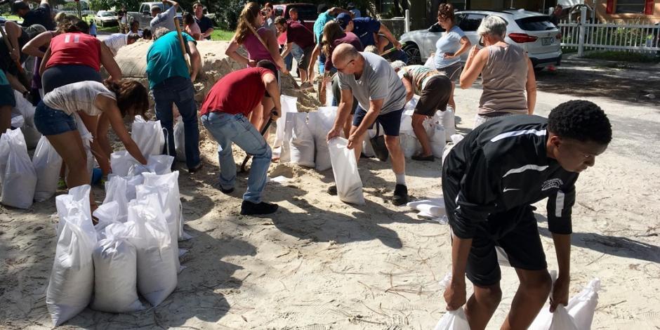 <em>Irma</em> castiga al Caribe y se dirige con fuerza hacia Miami Beach