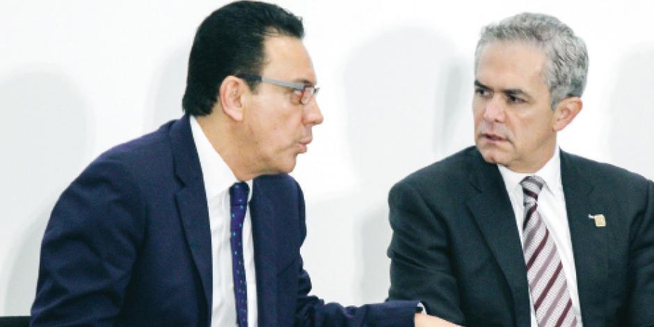 Mancera va arriba con el 38% en encuesta para frente opositor