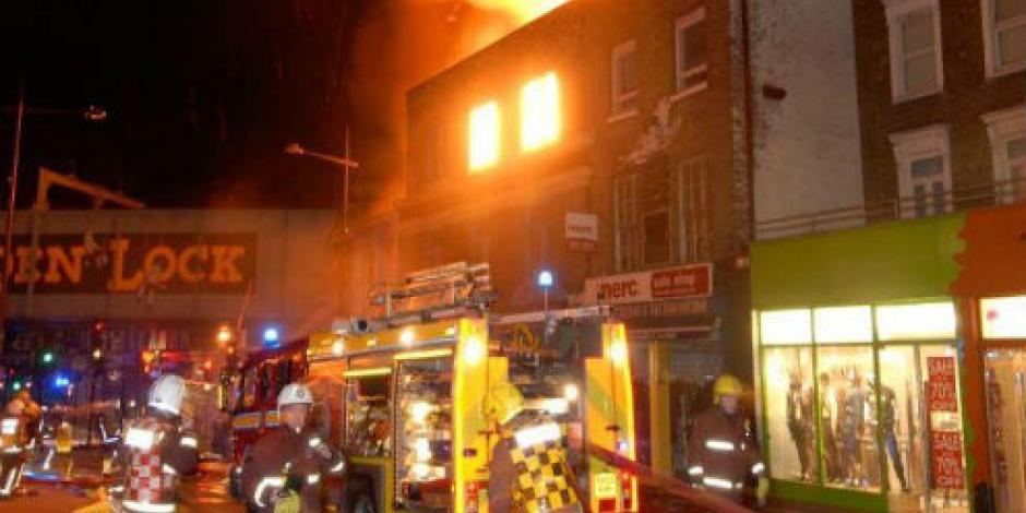Fuerte incendio afecta nuevamente a Londres