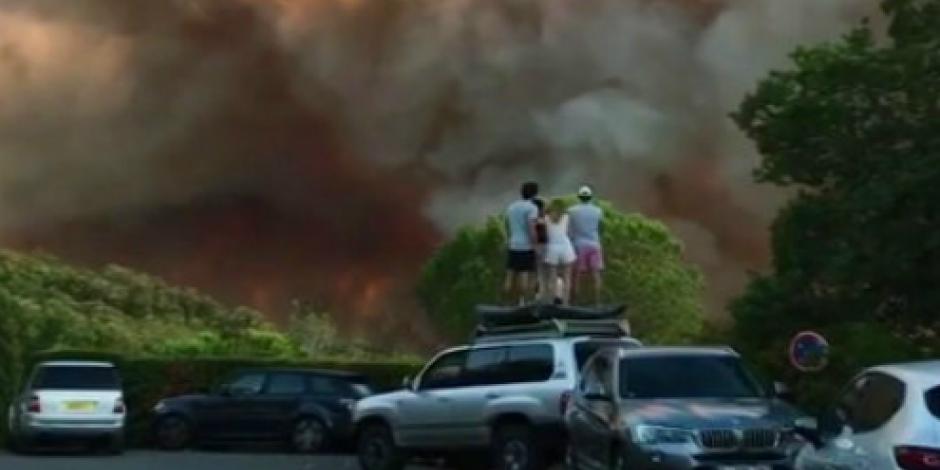 Intensos incendios al sur de Francia provocan desalojos y heridos