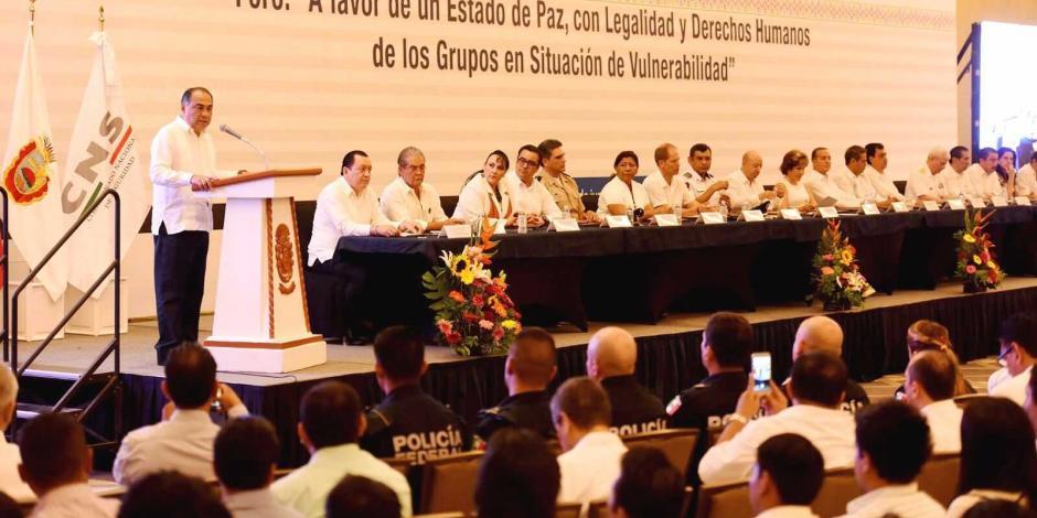 Pide el gobernador de Guerrero crear valores para evitar violencia