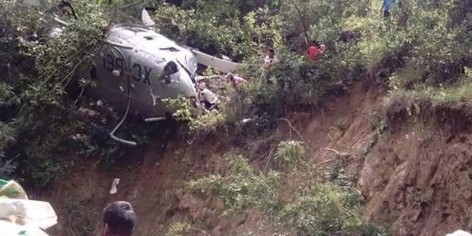 Un muerto y 4 heridos tras caída de helicóptero con víveres en Oaxaca