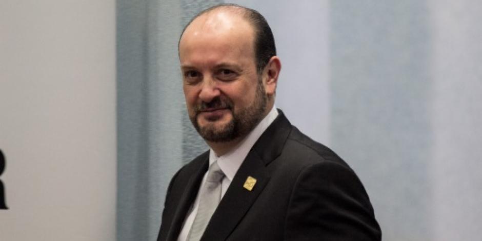 Renuncia Rodolfo Ríos a la Procuraduría de la CDMX