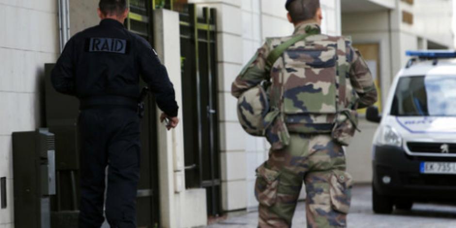 Disparan y detienen a presunto autor de ataque contra militares en París