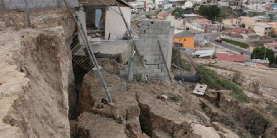Detectan 34 laderas y 27 barrancas en CDMX con riesgo de deslave