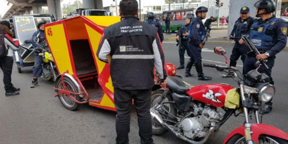 Remiten 87 mototaxis y detienen a tres personas en operativo en Tláhuac