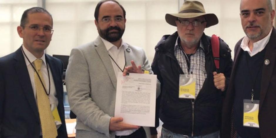 Álvarez Icaza exige renuncia de titular de fiscalización del INE