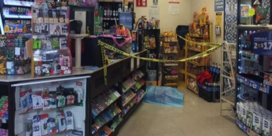 Empleado de tienda Oxxo se opone a robo y lo asesinan en Tacubaya