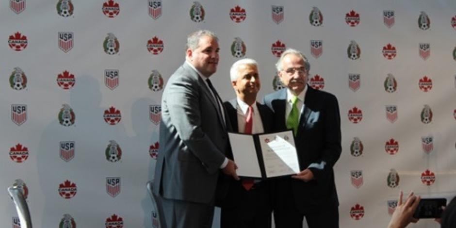 Oficializan México, EU y Canadá candidatura para organizar Mundial de Futbol 2026