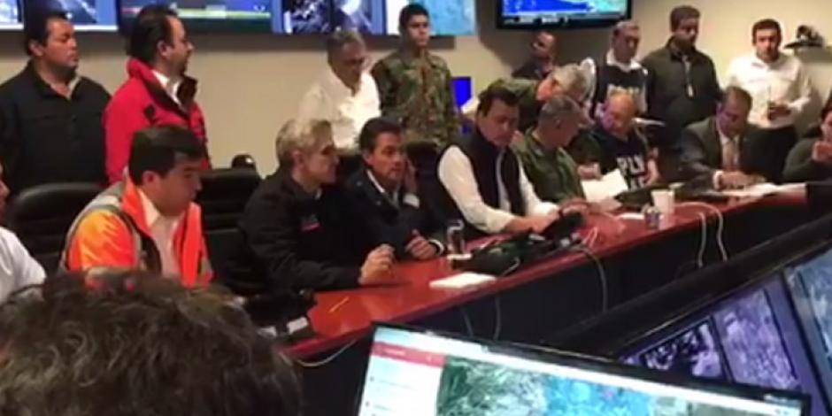 Continuar con el rescate de atrapados, prioridad, declara EPN