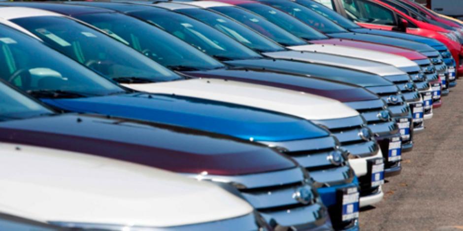 Venta de vehículos baja 7.3% en julio