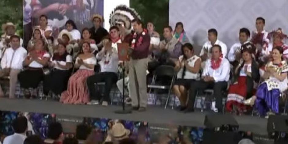 Destaca EPN mayor visibilidad de pueblos indígenas