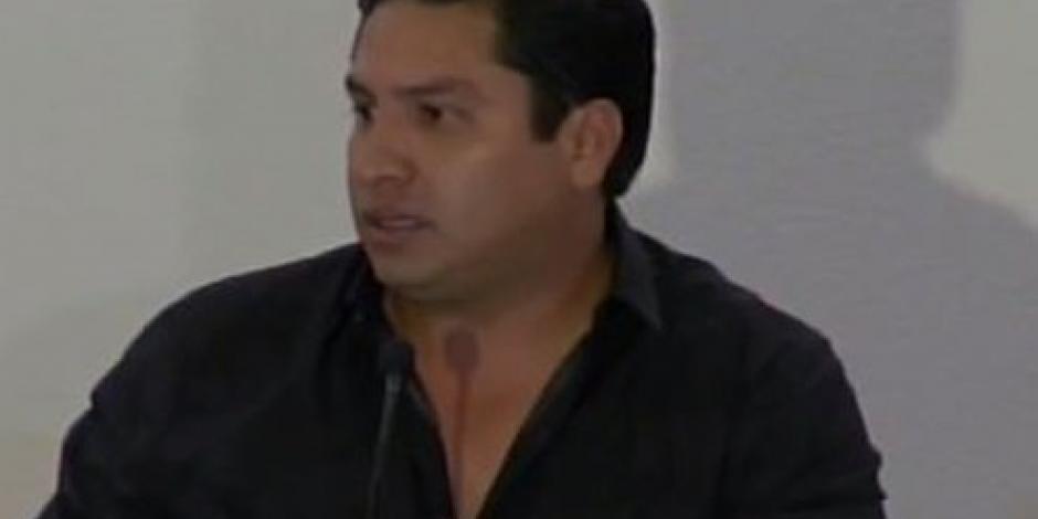 Sí conozco a Raúl Flores pero no negocié con él, afirma Julión Álvarez