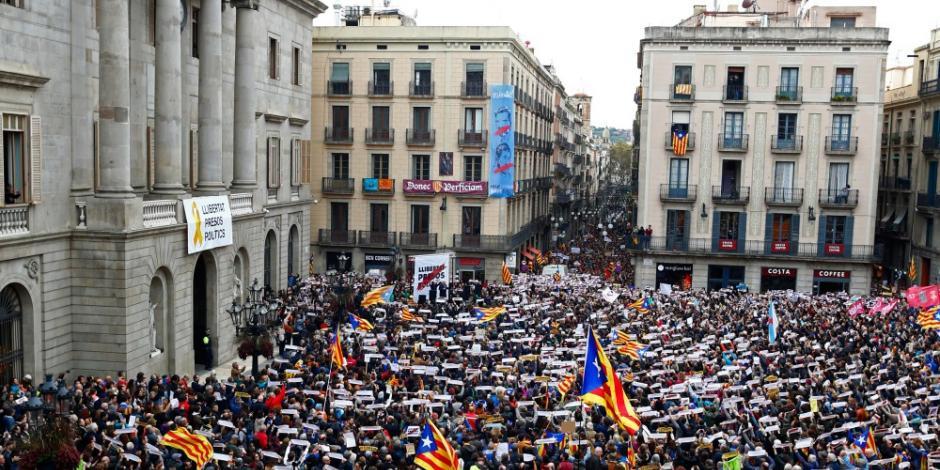 Tribunal de España anula declaración de independencia catalana
