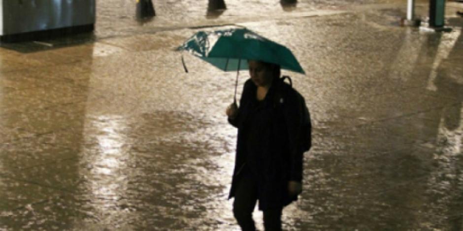 Onda tropical número 22 provoca lluvias intensas en la mayor parte del país