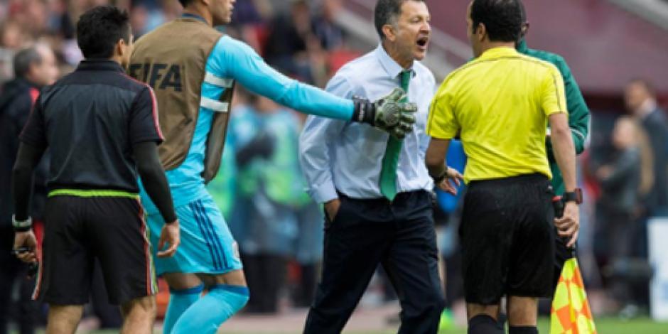 VIDEO: Osorio sale expulsado por gritarle al árbitro