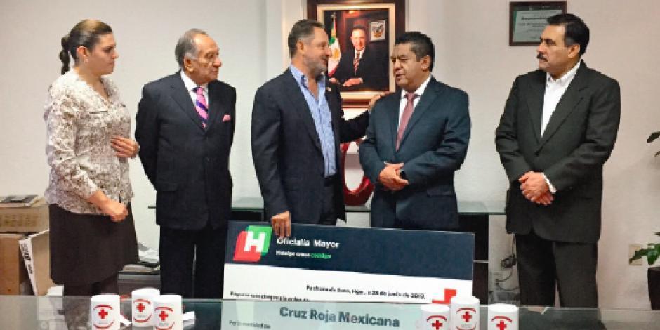 Hidalgo dona $67 mil a la Cruz Roja