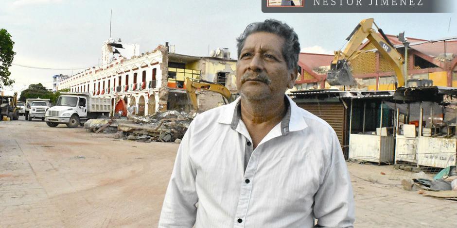 El hombre que rescató la bandera gana 2 mil pesos mensuales