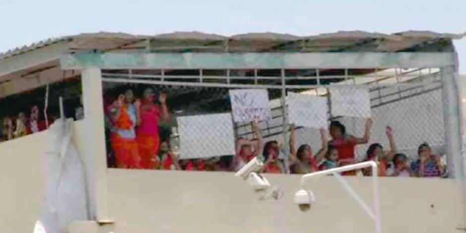 Motín en Topo Chico por traslado de presos