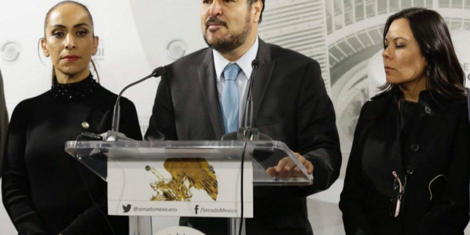 Herrera: traidores, panistas que