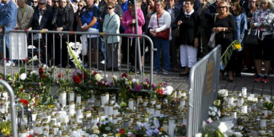 Finlandia guarda un minuto de silencio por víctimas de ataque terrorista en Turku