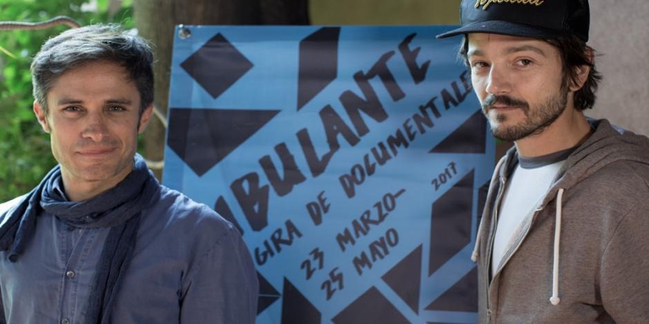 Diego Luna y Gael García lanzan campaña internacional para afectados por el sismo