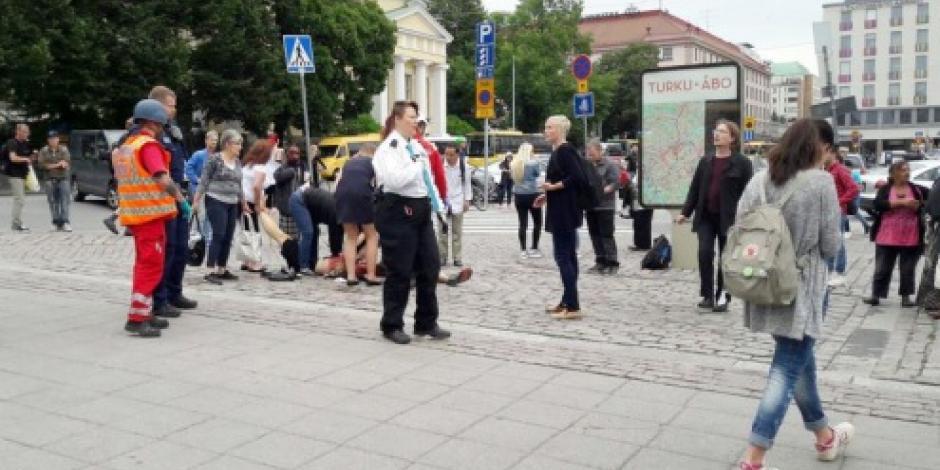 Hombre apuñala a varias personas en Finlandia