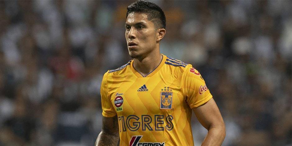 Carlos-Salcedo-Asalto-Mexico-Tigres-Chivas-Liga-MX
