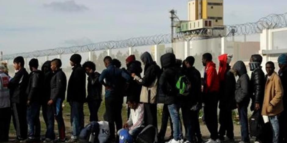 Termina desalojo en campamento de refugiados en Calais