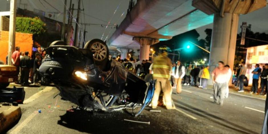 Muere un hombre tras choque en avenida Tláhuac