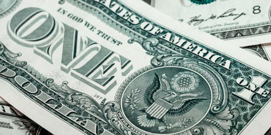 Dólar baja 15 centavos, se vende hasta en 20.83 pesos en bancos