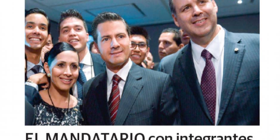 Un paso adelante,  ley que frena la deuda excesiva de  estados, afirma EPN