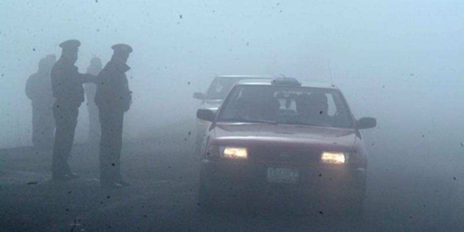 Alertan por banco de niebla en la México-Toluca