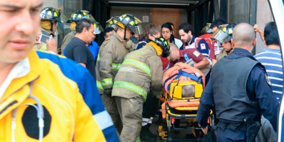 Cae escenografía de Bellas Artes; hay un herido