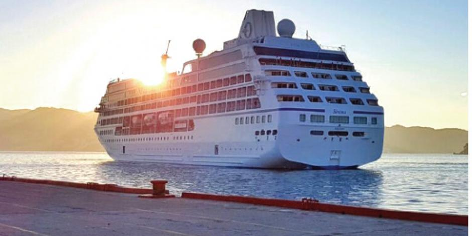Llega crucero a Acapulco