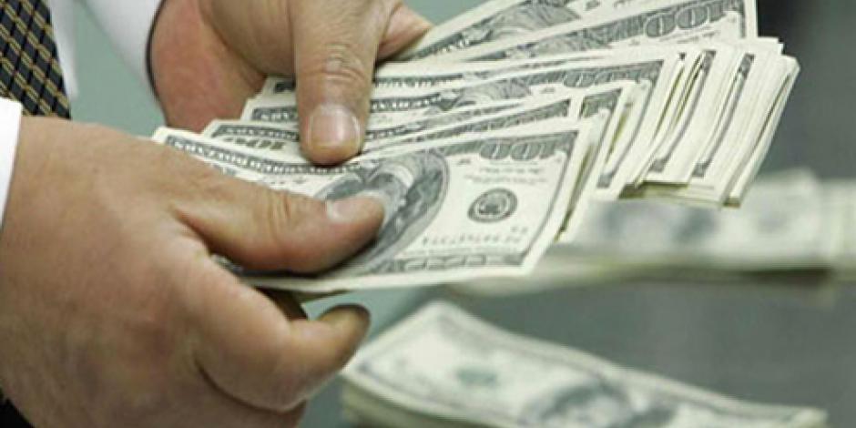 Sube el dólar, cotiza en 18.28 pesos