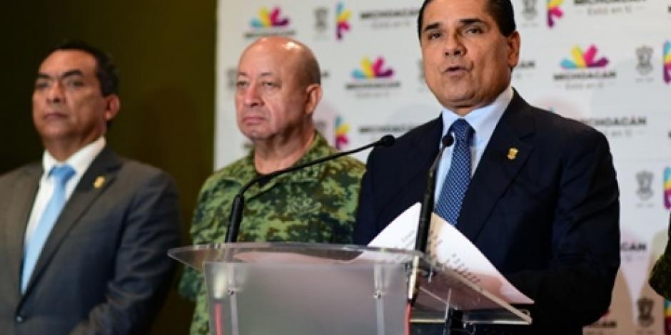 Gobierno va contra criminales en Michoacán, dice Aureoles