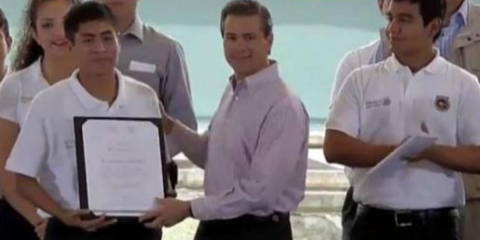 Transformar a México, un compromiso de todos, afirma Peña Nieto