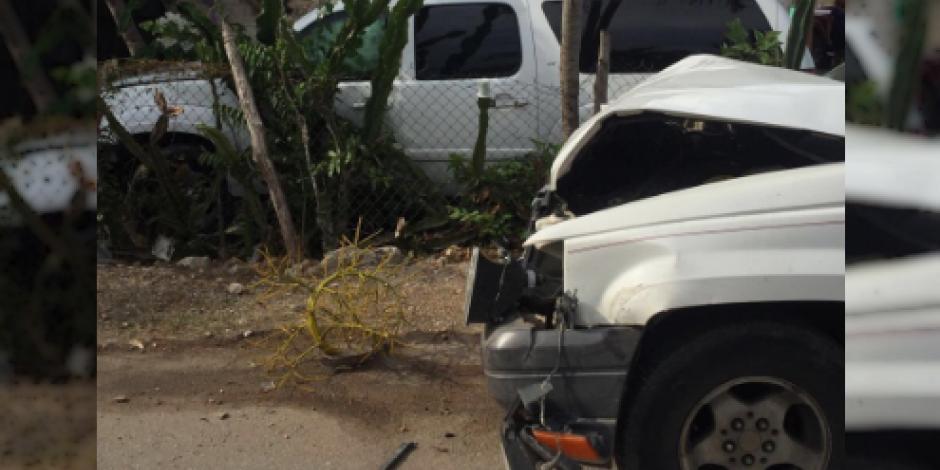 Sufre Felipe Calderón percance automovilístico en Quintana Roo