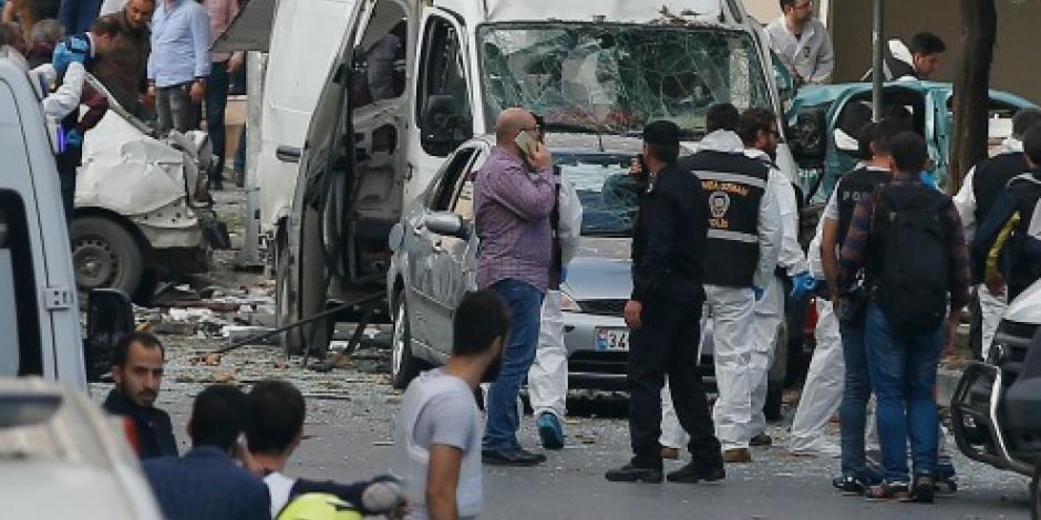 Explosión cerca de comisaría en Estambul deja 5 heridos