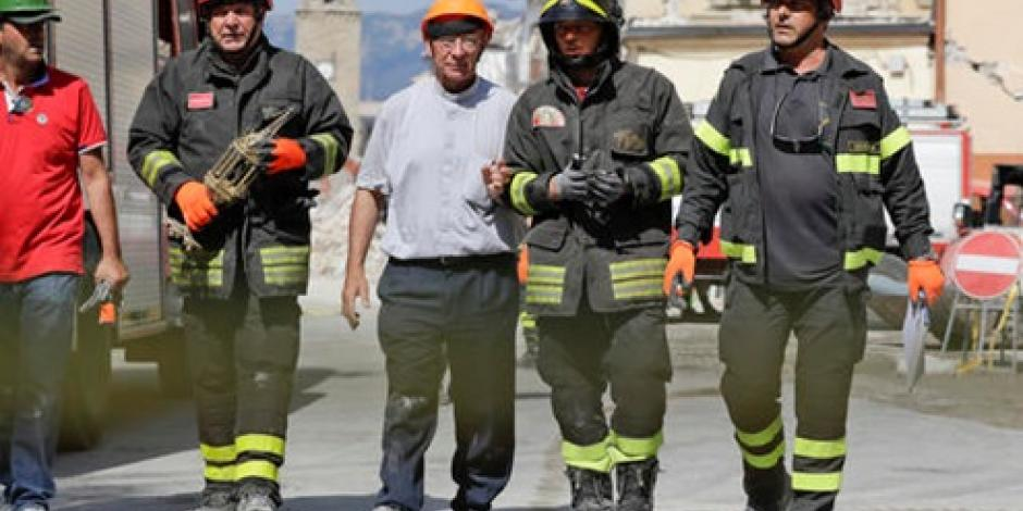 Hallan 2 cuerpos en escombros en Italia; suman 292 víctimas