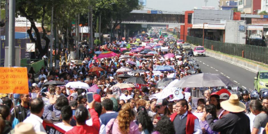 CNTE amaga con cerrar escuelas en la CDMX