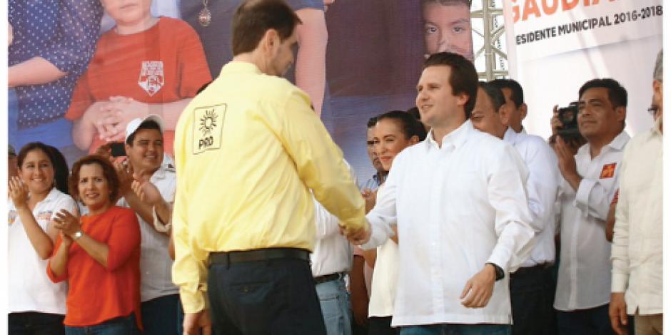 AMLO pierde en su tierra natal  2 a 1 ante el PRD... por segunda vez