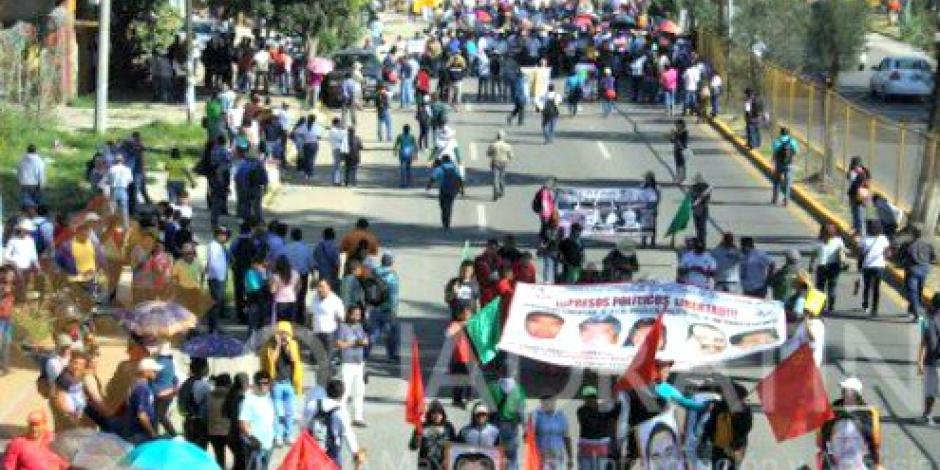 Prepara la CNTE paro nacional indefinido por despido de maestros