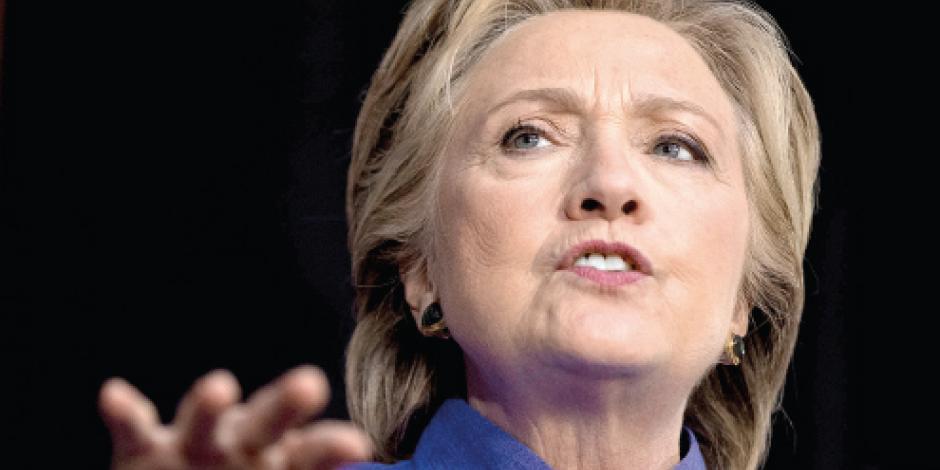 Emails de Clinton acortan a 1% su ventaja sobre Trump